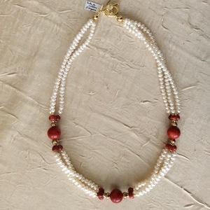 Perles de culture Gorgone   50 €